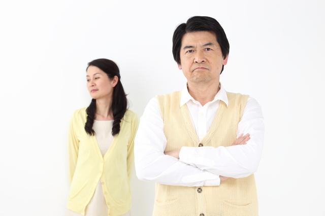 【お悩み相談】夫が反対するので子どもを親に会わせられない...間に挟まれしんどい52歳女性の悩み