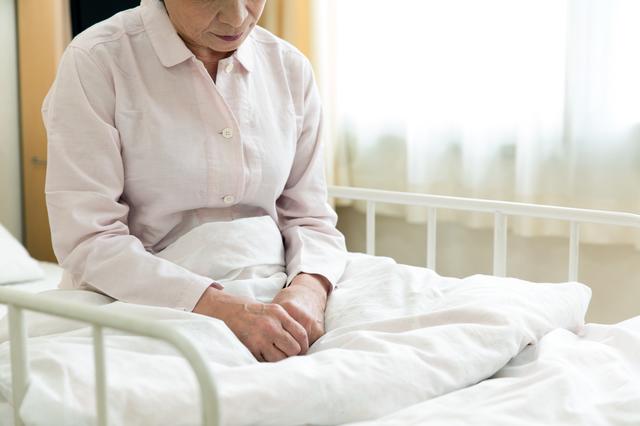 義母の入院。散々虐められたのに「あなたが面倒みてあげて」と親戚中から電話が.../かづ