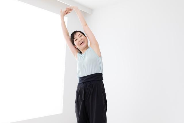 「運動嫌い」で引きこもりがち...52歳主婦が一念発起し「ラジオ体操」を続けた結果...⁉