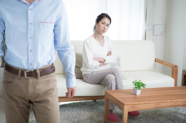 フフンッ。「主婦は大変」というニュースを鼻で笑った夫に「家事リベンジ」した結果は...⁉