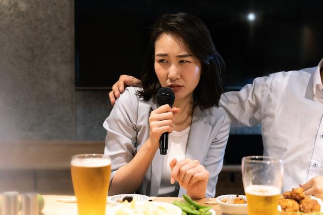出張先のホテルで先輩に裏切られ...!? 「雇用機会均等法」施行直後、バブル期の女性営業の悲哀