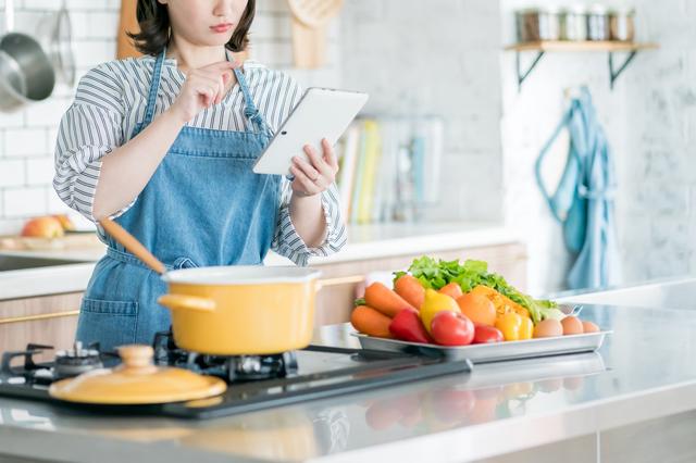 「ママの美味しい料理より、自分で好きなものを食べられる自由」娘の言葉で気付いたこと/中道あん
