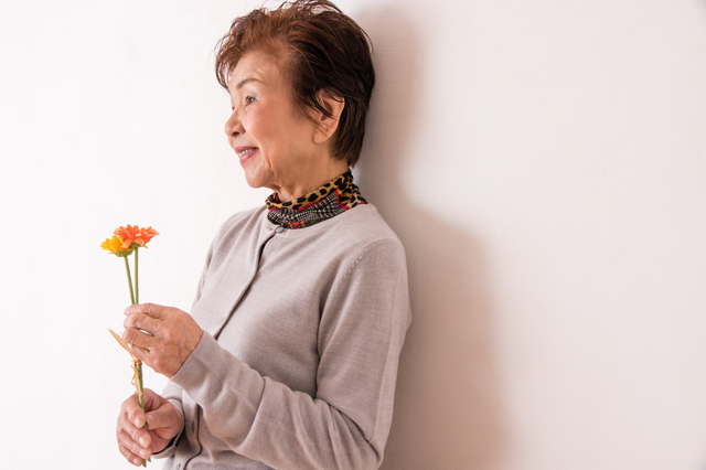 お茶会に使ったカフェのオーナーに恋した「60歳の主婦友だち」。最初は微笑ましく見ていたけど...
