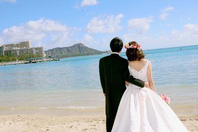 モラハラ結婚生活から熟年別居に至るまで。新婚旅行先のハワイで夫は豹変した/chii