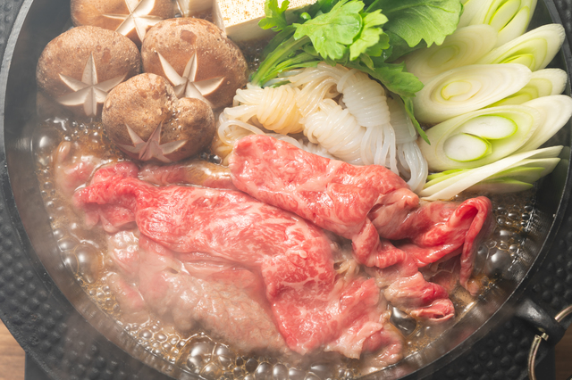 「あんたらみたいな『安もんの肉』は食べたない!」豪語した姑が高級牛肉の値段に怯んで.../かづ