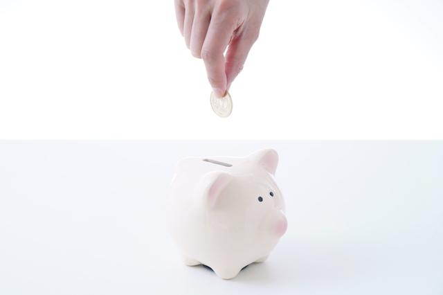 お金を粗雑に扱う息子に提案した「おつり貯金」が予想以上の大成功に!