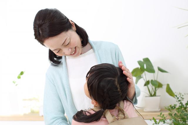 「100%感謝すべきだろ」夫は言うけど...働く私に代わって「母親」をする実母に複雑な思い