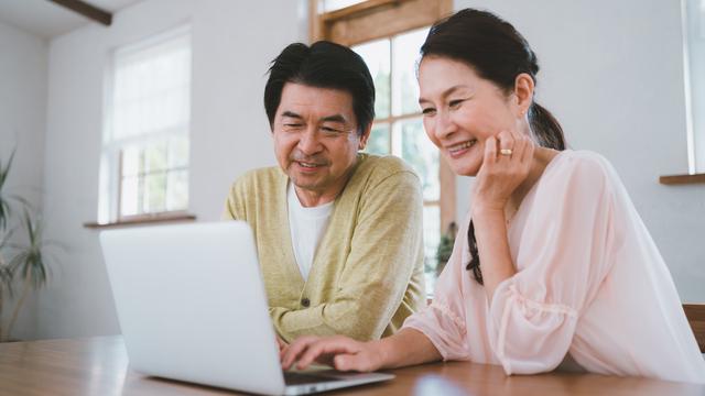帰省を諦めた息子と人生初のオンライン通話。大きな喜びと、ちょっと複雑な気持ち/キッチン夫婦
