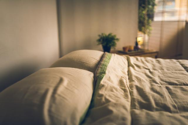 夫と寝室を別にしたいけど狭いマンションで無理...「睡眠は4時間でOK」な夫にゲンナリ