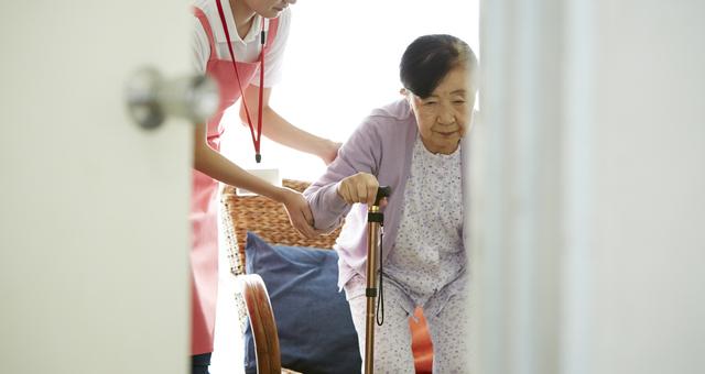 「要支援」「要介護」はどう違う? 受けられるサービス、支給限度額について解説