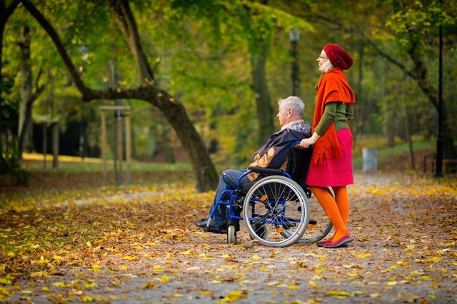 老老介護になったらどうしよう・・・高齢者介護先進国フランスに学ぶ「5つの介護の心」