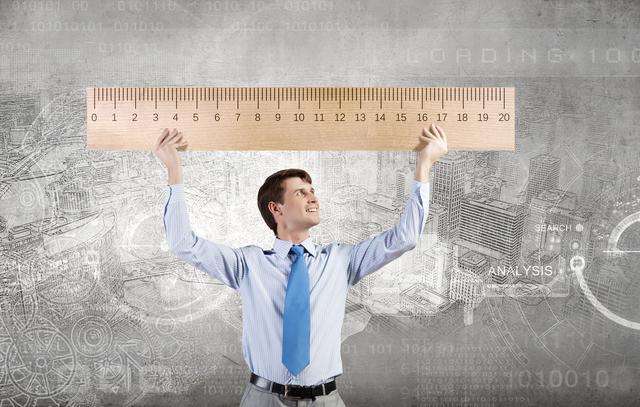 あなたの年収を平均値と比べると...?自分の立ち位置を知る「50歳のモノサシ」