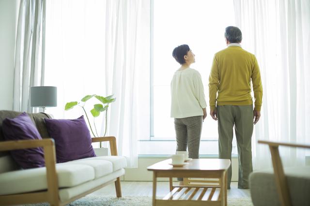 夫が定年退職、なら私もいいよね? 良き妻を断捨離する「主婦の定年退職宣言」