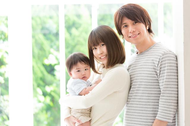 日本は子どもを産みにくい国なの...? 出産の理想と現実とは