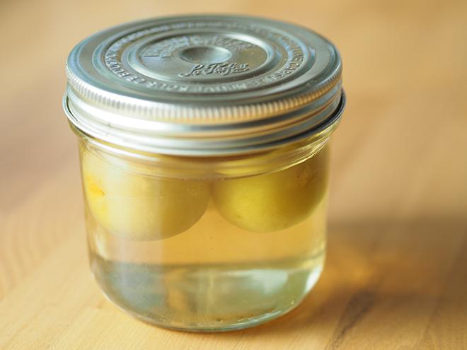 冷凍梅&レンチンで完成! 夏バテ知らずな体のために「梅酢」を【作ってみた】