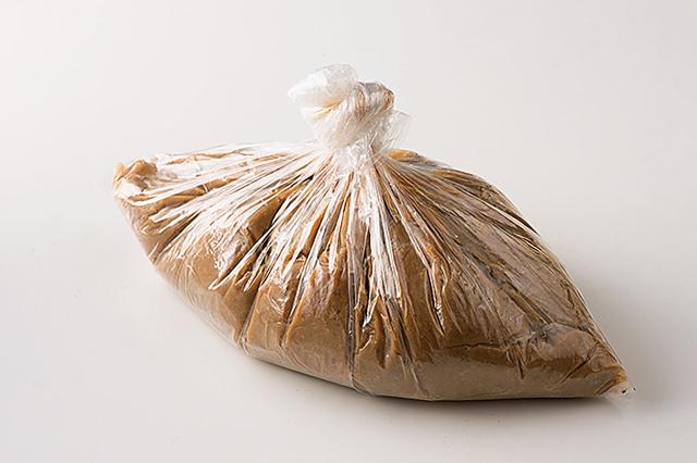 大豆&米麹&塩があれば一年中作れる! ポリ袋で手作りみそを作りましょう