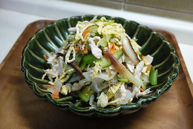 野菜たっぷり。鈴木登紀子さんの「さらさあえ」レシピで呑んべい夫婦も喜ぶ献立を【作ってみた】/キョンキョンうさぎ
