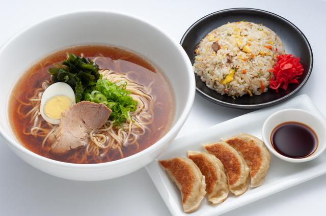 ラーメン・チャーハン・餃子セットの「悲惨な現実」/最強の食べ方