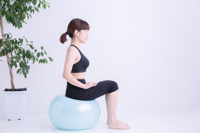 バランスボールを使いましょう~ぎっくり腰予防法!【3】/ぎっくり腰(10)