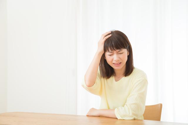3人に1人が頭痛に悩んでいる!?あなたの頭痛タイプはどれ?