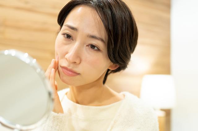 最近、口が渇いていませんか? 早い人は30代後半から衰え始める「口の老化」チェック