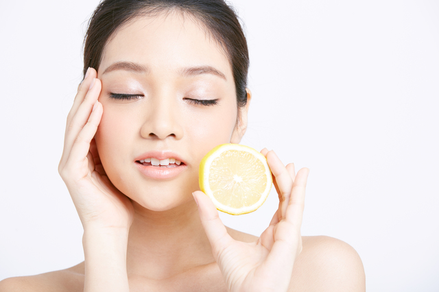 つるすべお肌の味方「血管力」に欠かせない栄養素って?