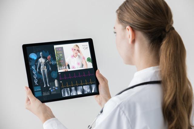 「遠隔診療」に健康保険が適用! 自宅で、職場で受診が可能になります