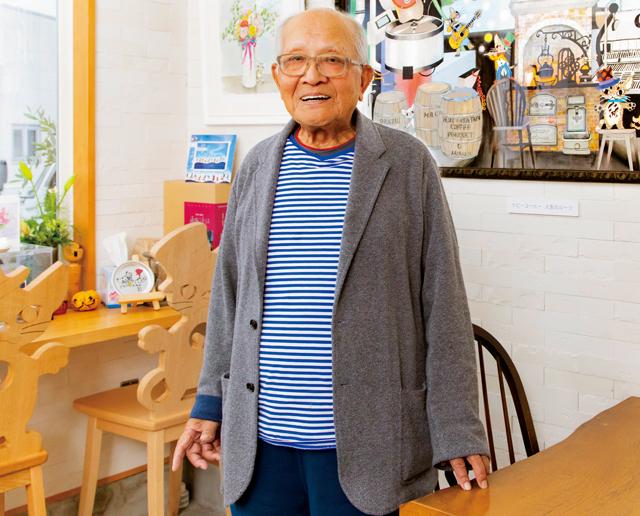 「涙がぽろぽろ出て...終わんないよって(笑)」95歳の影絵作家の巨大ステンドグラス制作秘話/藤代清治さんインタビュー(1)