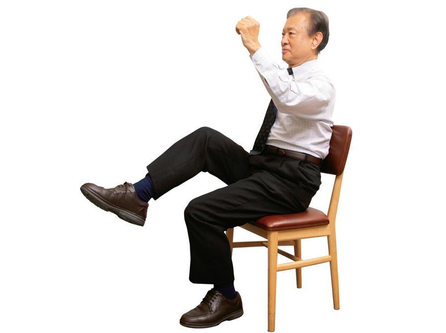糖尿病予防に!医学博士が勧める「いすを使った2つの体操」