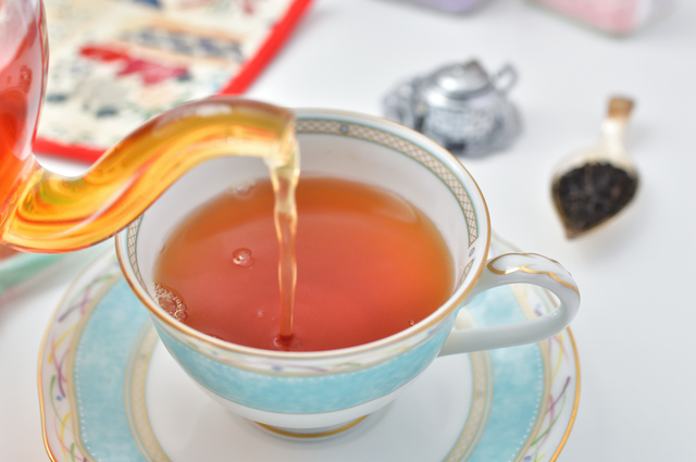 感染阻止率99.96%! 紅茶を飲んでインフルエンザウイルス対策