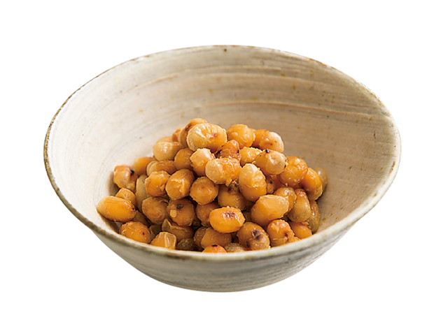 水と調味料に「から炒り大豆」をin! そのままおいしい「みそ大豆」レシピ