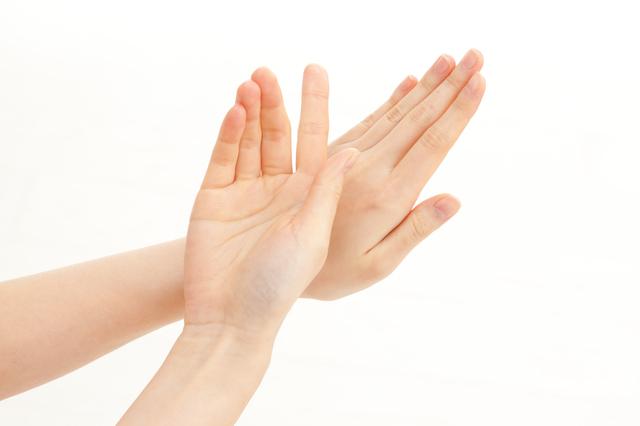 爪を見ただけで「肺や心臓が悪くない?」と聞かれ不安に.../高谷典秀先生「なんでも健康相談」