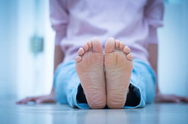 体のブレを止めるストッパー!「小指」の重要性とは?