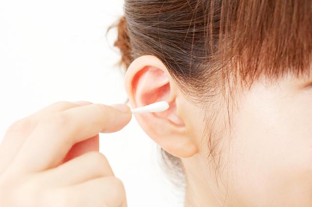 奥までやると逆効果?専門医が教える「耳掃除」の効果的な方法
