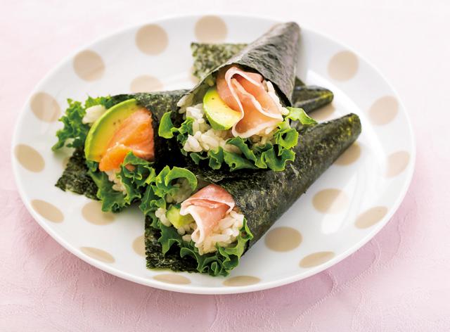 ご飯に混ぜて洋風手巻きに!ピエトロのドレッシング簡単レシピ3選
