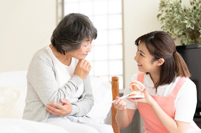 「お口が汚い」と肺炎や動脈硬化になるかも・・・歯科医師が教える「口の清潔度と病気」の関係