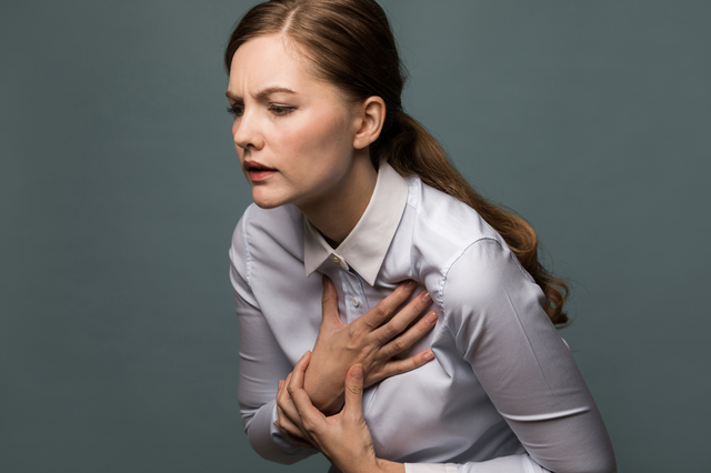 その肩の痛み、注意して! 内臓疾患などの原因が潜んでいることも/四十肩・五十肩