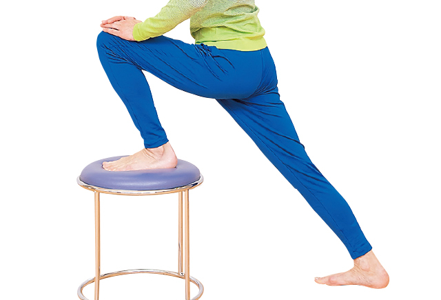 しつこい股関節痛には、股関節のゆがみを正す「関節包(かんせつほう)型体操」を