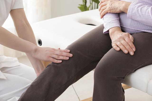 間違いやすいほかの病気も!知っておきたい「むずむず脚症候群」の治療法