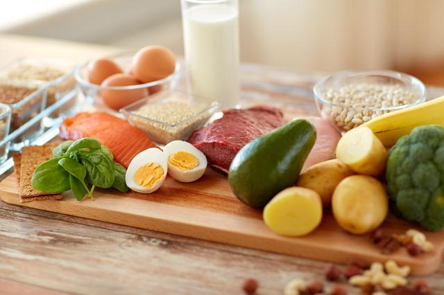 ダイエットで守るべきたった一つの法則。それに必要な3大栄養素とは/最強の食べ方