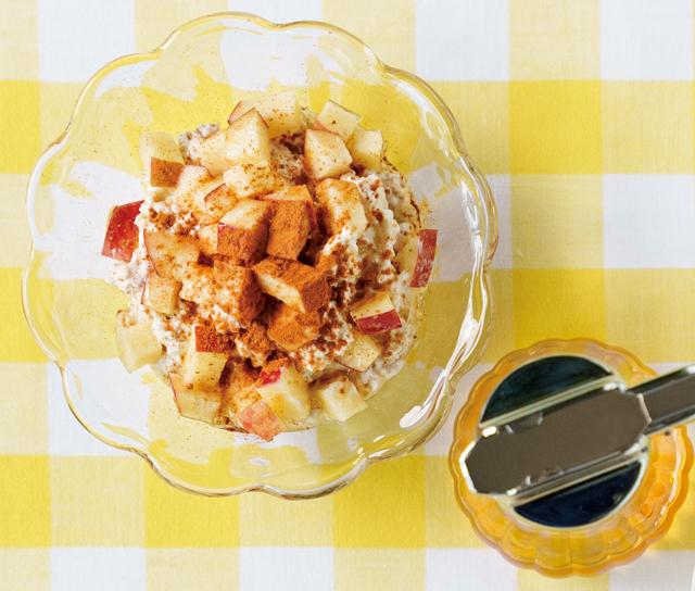 小腹がすいたら簡単アレンジ! 食物繊維が豊富なオートミールで作る「軽食」と「デザート」のレシピ