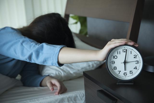 いつも何時間寝ていますか?ストレス解消に「1時間長く寝る」スゴイ効果