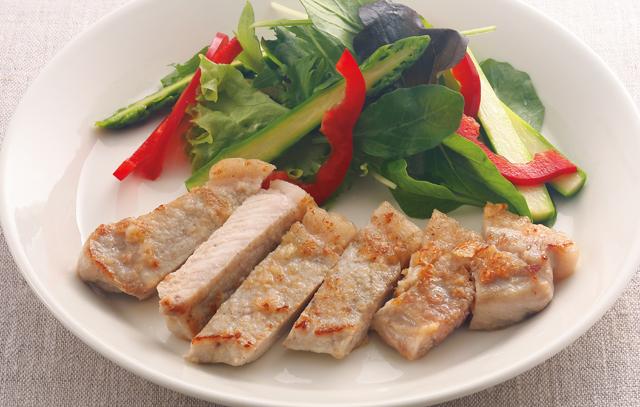 血糖値の上昇を抑える豚肉で糖尿病予防に。「豚肉のガーリックソテー」レシピ/糖尿病予防レシピ