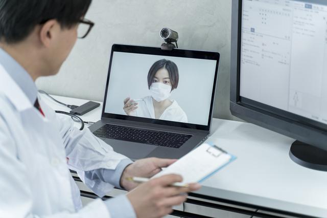 スマホや電話で「初診」から診察OK!4月に利用条件が緩和された「オンライン診療」基礎知識