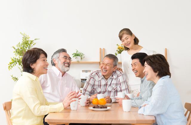 「脳トレ」で認知症予防! ひとりでも家族や友達とゲーム感覚で一緒に楽しめるグッズ5選