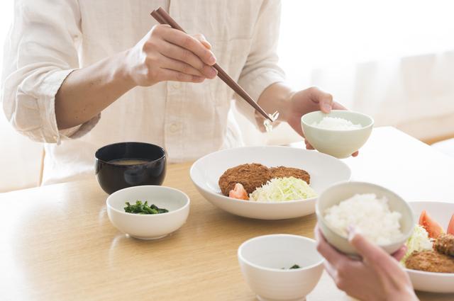 「食事のたびに食べ物を詰まらせ咳き込む主人」ただの体質?それとも・・・?/高谷典秀先生「なんでも健康相談」