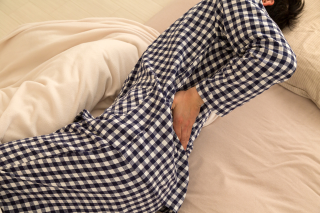 ふかふかベッドはNG!?呼吸器内科医から学ぶ腰痛の原因