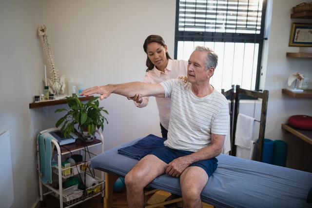 肩の痛みが和らぐ第2段階「亜急性期」の対処で肩の将来が決まります/四十肩・五十肩