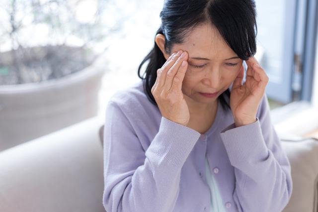 「ごめんなさい、すみません」が口癖で・・・乳がんからパニック障害になった「50代女性の心の窒息」