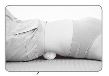 座骨神経痛の人は1日1分、ぜひやってみて!「川口式テニスボールエクササイズ」